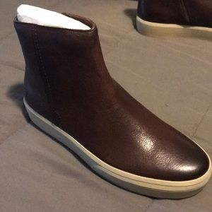 Frye Beacon Zip Boots